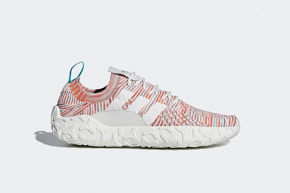Adidas Atric F/22 white orange