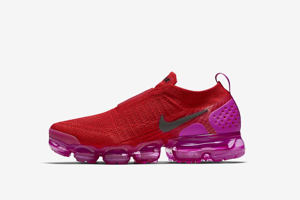 nike-wmns-air-vapormax-moc-2-red-pink