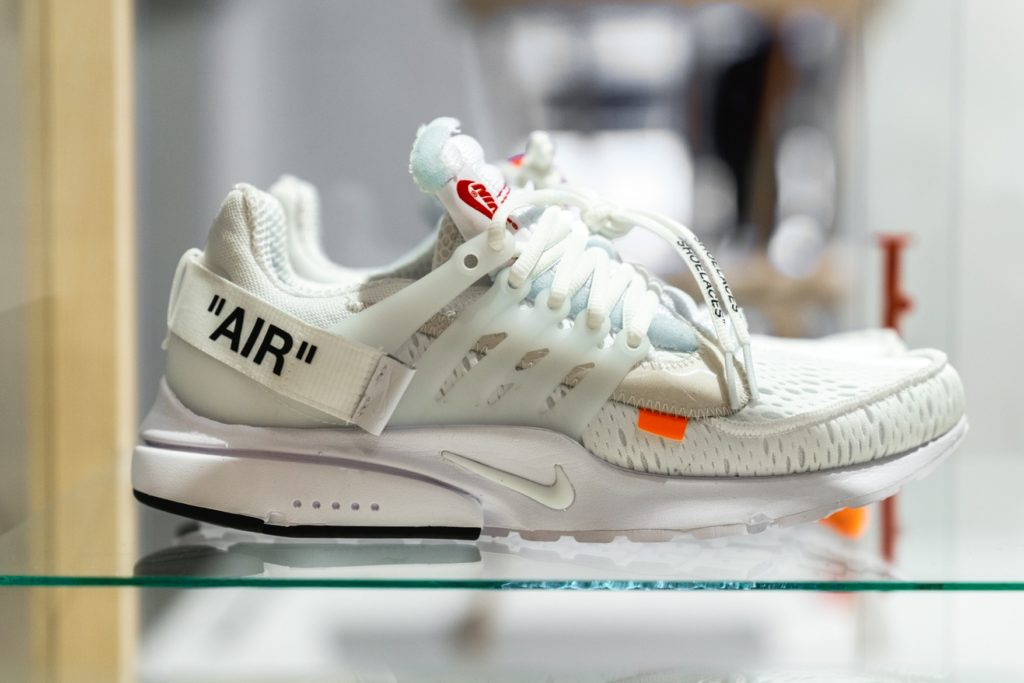 virgil-abloh-nike-air-presto-off-white-white