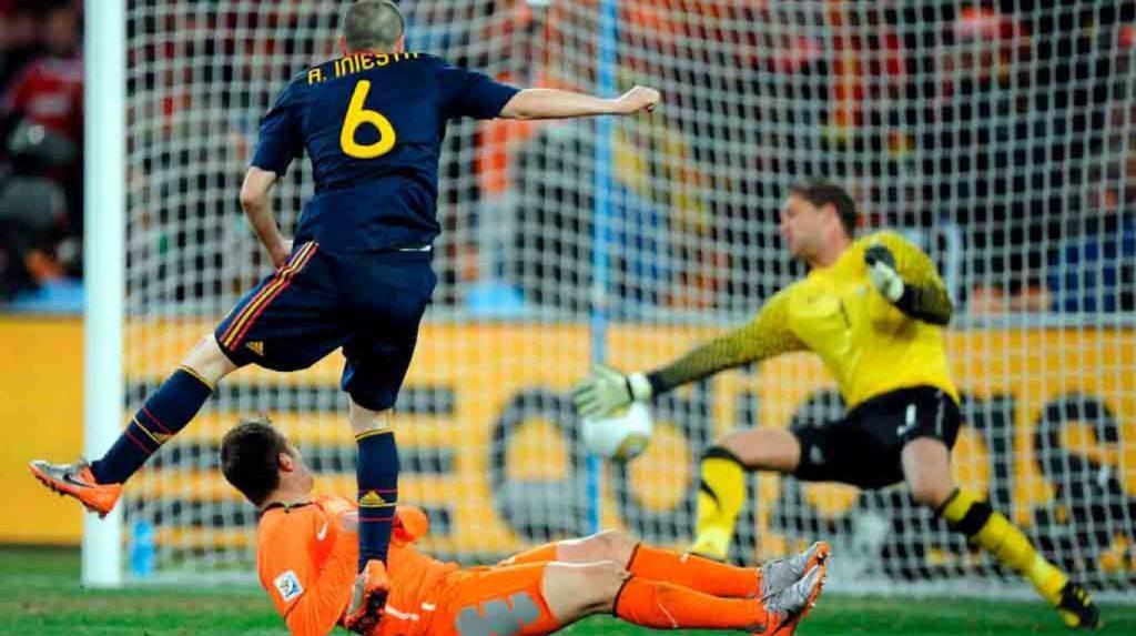 iniesta-finale-2010