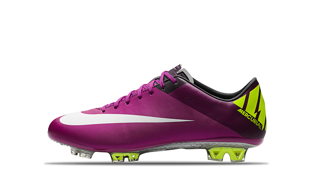 2011_Mercurial_Superfly_III_Red_Plum_Windchill_Volt_Black_63706