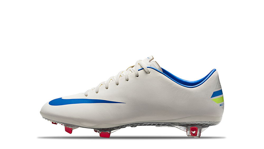 2012_Mercurial_Vapor_IX_Sail_Soar_Challeng_Red_63705